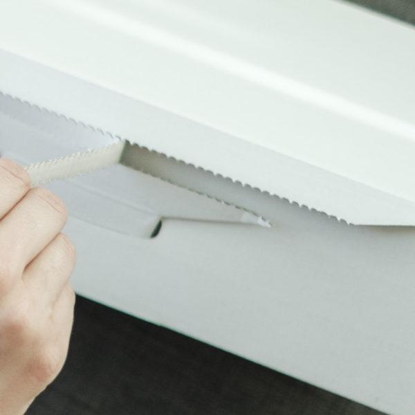 self folding white ecommerce mailing box perforation